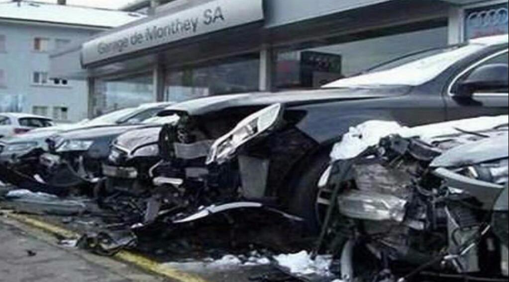 女司机4S试车,连撞21辆奥迪,老公:这媳妇我不要了!
