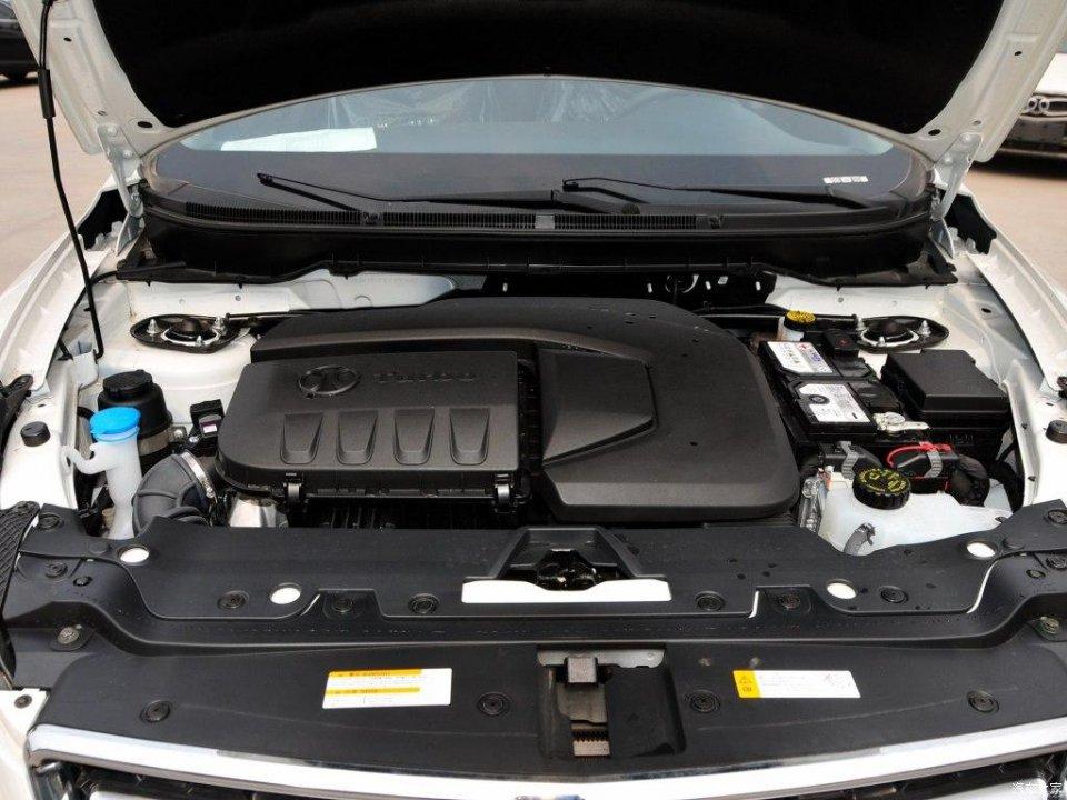 这款SUV卖7万,搭载2.0T 配全景天窗 360°全景影像,同级别最强