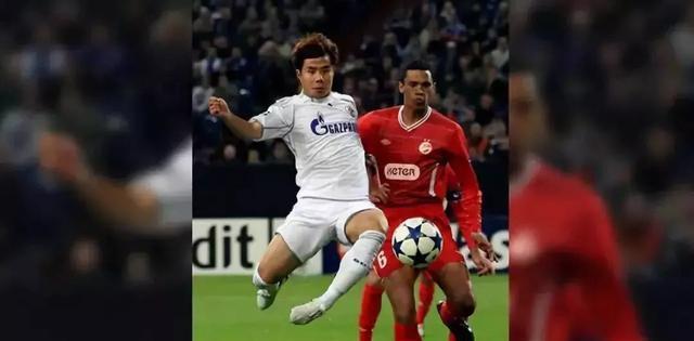 这7位踢过欧冠的中国球员你们都认识么?