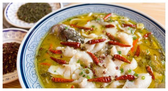 酸菜鱼很教给年夜饭,肉嫩汤美,酸辣开胃的酸菜鱼美食适合你做法传统沙溪镇特色图片