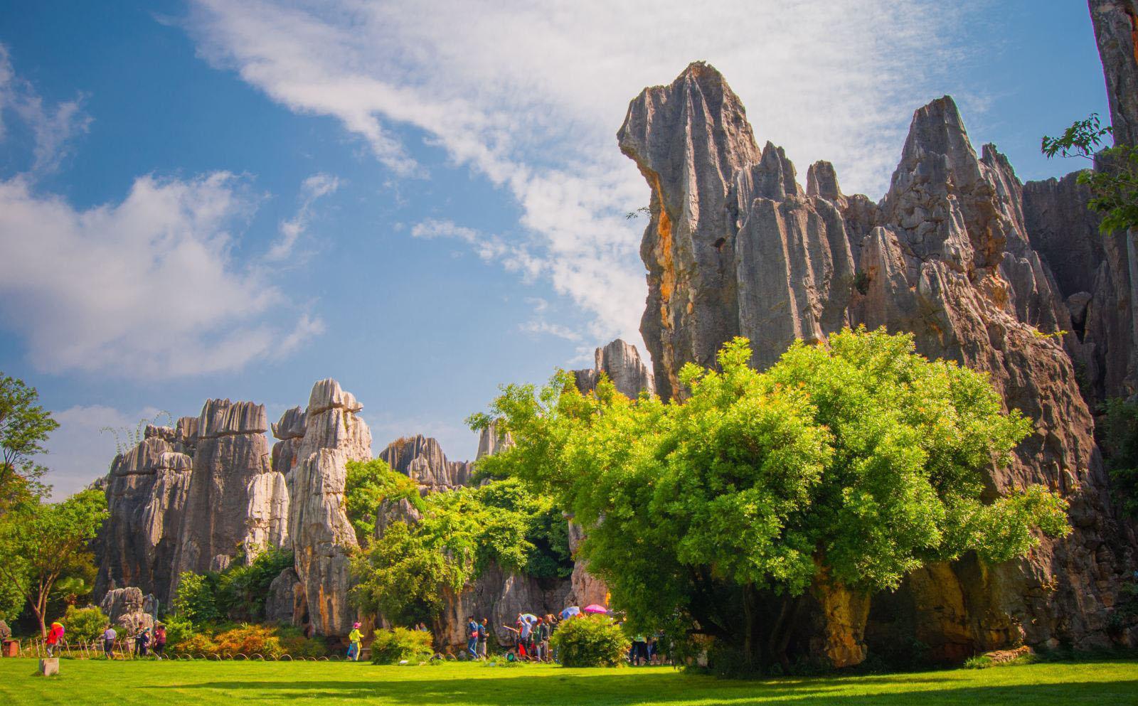 昆明最受人欢迎的景点,第一名不是石林,云南民族村排第四