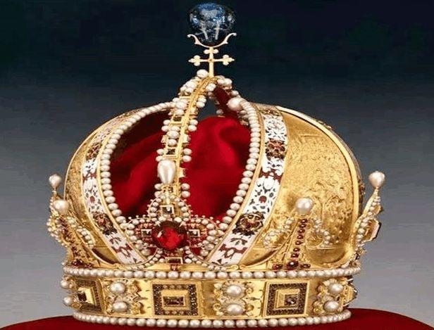 第一个皇冠:奥地利皇冠.25一区湖东别墅图片