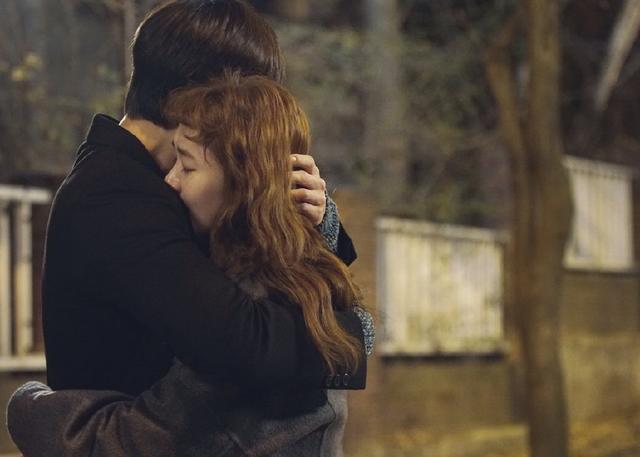 为什么拥局部人在情愫中,会期望敌顺手更己触动?他们是怎么想的?