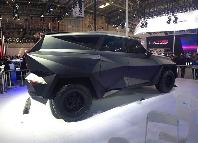 大学生研发的最贵国产车,卖1200万,全球限量10台,内饰炸裂