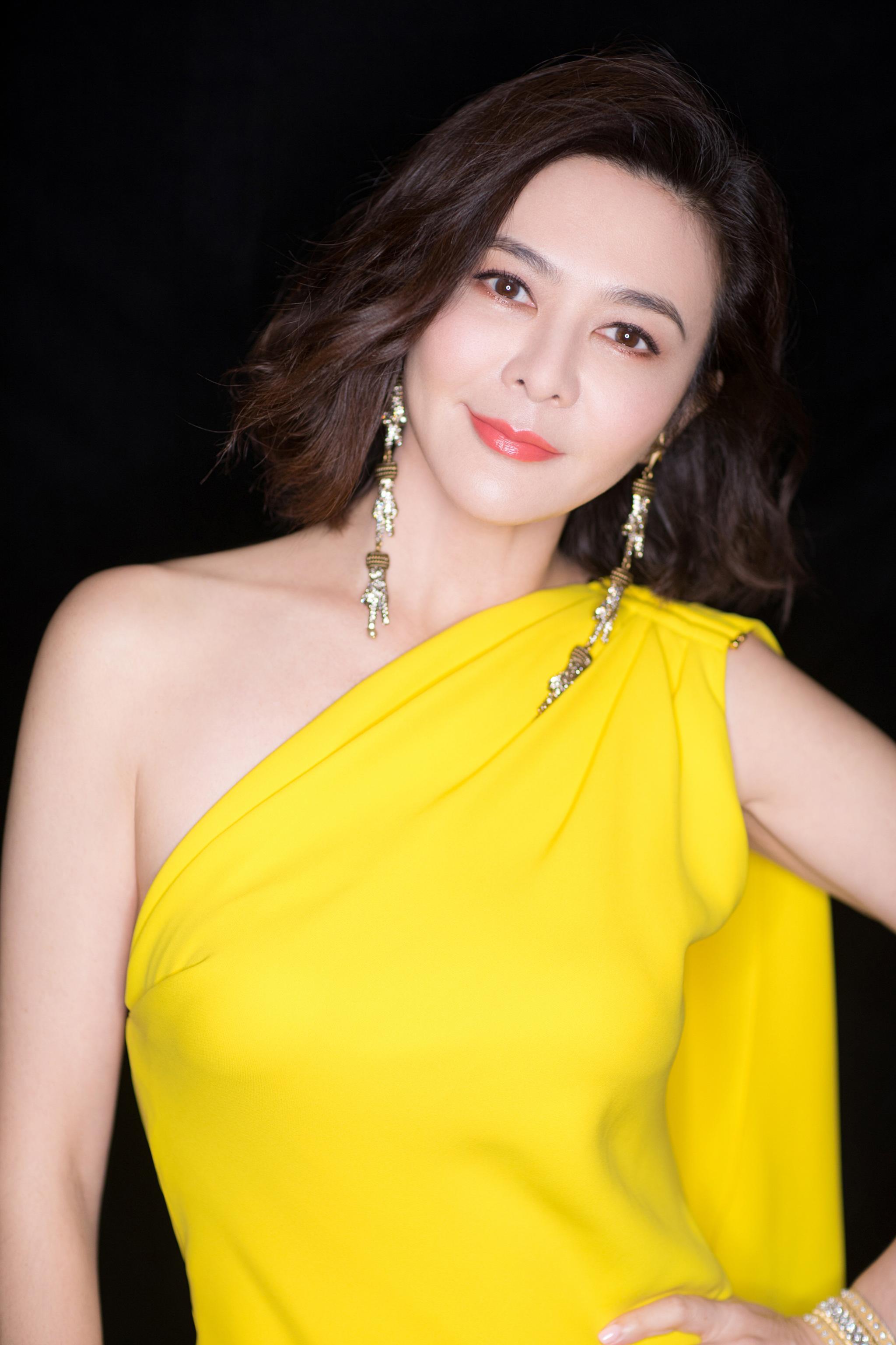 让人难忘的香港女神:看过关之琳和蔡少芬才明白什么是最美新娘