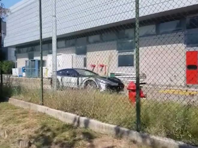 法拉利Purosangue伪装车谍照曝光 品牌首款SUV车型