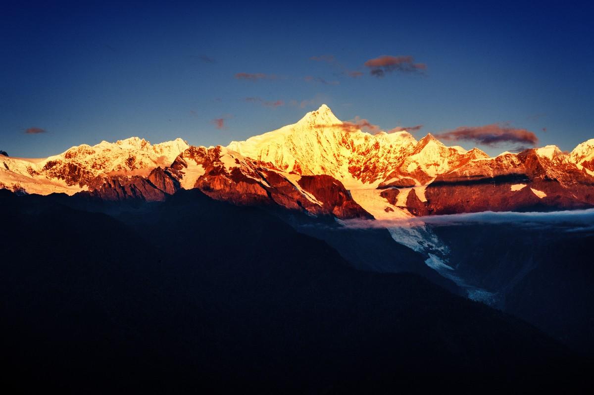 藏区八大神山之首,多少人梦寐以求