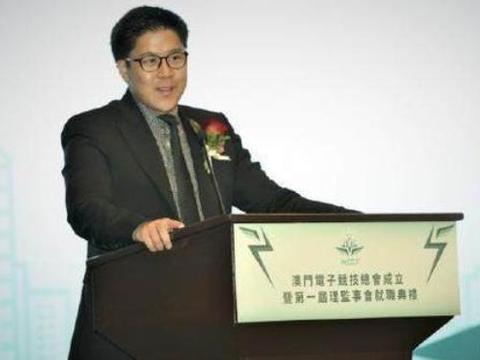 香港豪门富二代学历惊人!霍启刚牛过何猷君,他和王思聪是校友