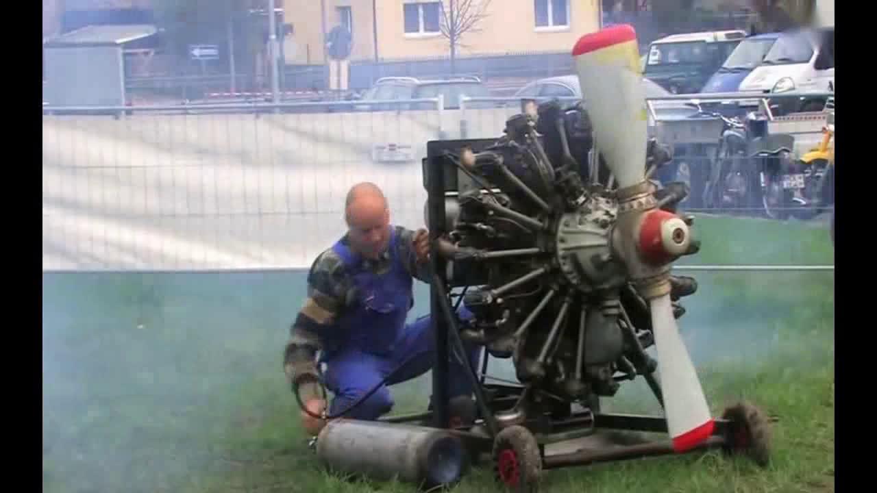 9缸径向发动机有多强?启动后发动机的声音,足以证明实力  