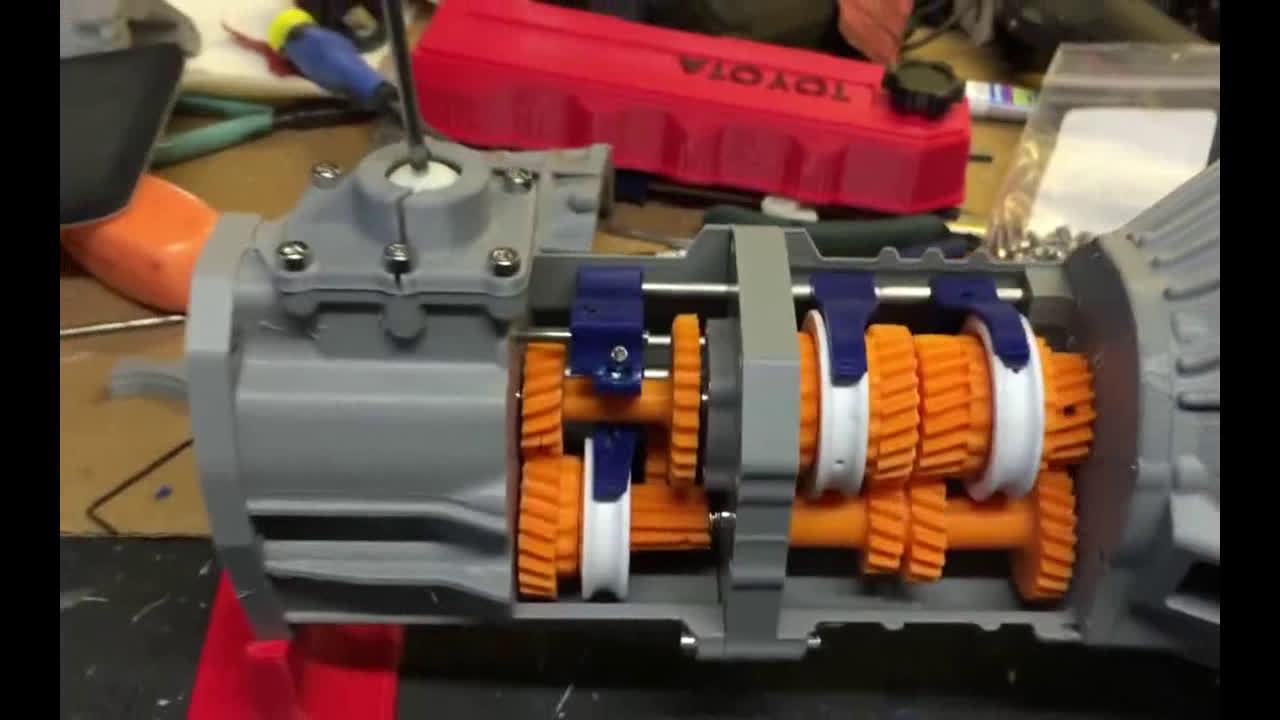 3D打印的手动变速器,换挡给看,能看明白变速器的原理!!  
