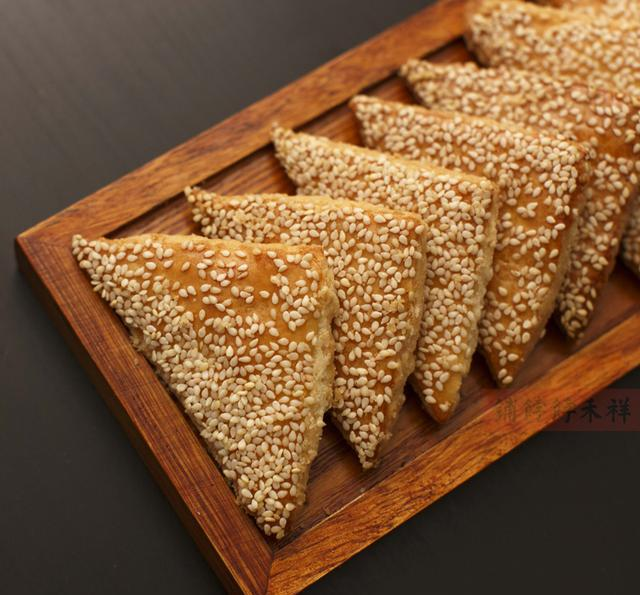 江油口味,香脆零食天津酥,咸香酥脆,椒盐糕点的特产小三角兰兰芝麻股权之争图片