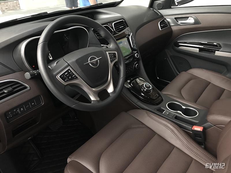 代工厂也有大志向 海马推出E5/E7两款全新纯电动汽车
