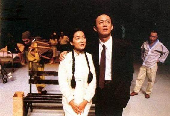 40岁之前他是不婚主义者,57岁和小25女友结婚,低调生活令人敬仰