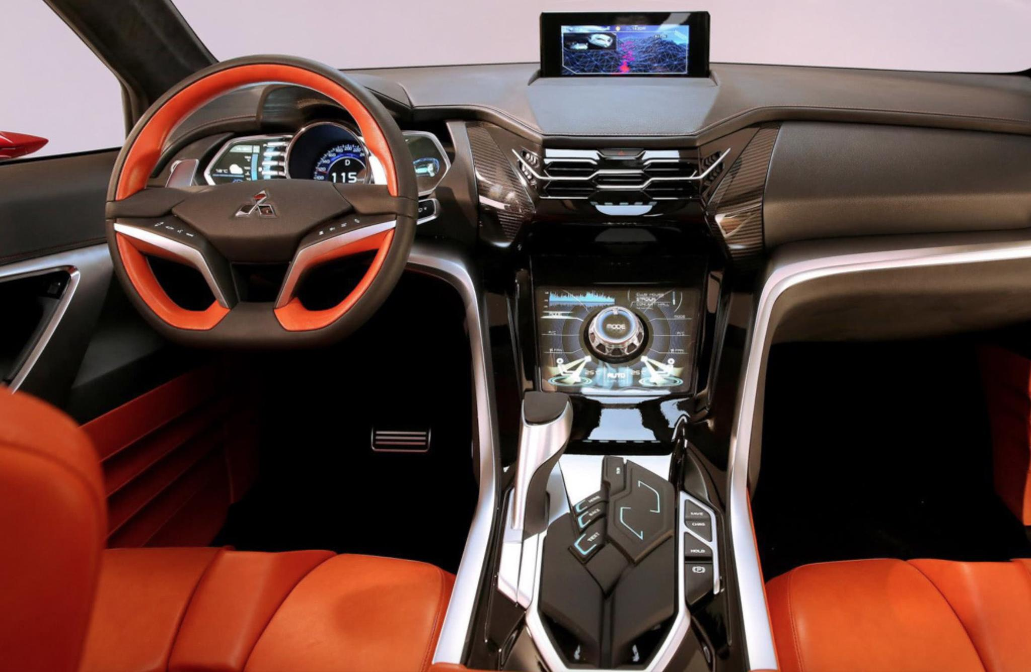 三菱终于爆发了!新车比途观漂亮,1.5T配四驱,油耗2毛,仅10万