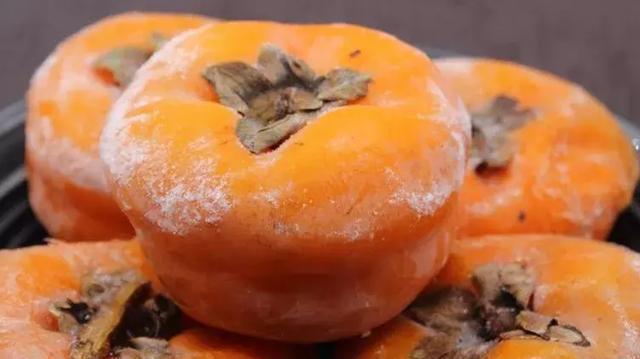 冻梨,冻柿子东北人的两道硬菜,好吃到哭图片