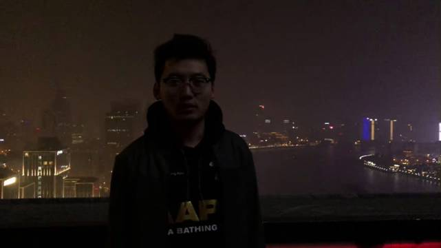 蒙迪欧插电混动版之旅抵达上海,发现了一个外滩看景色的好地方,  ?