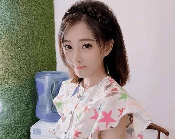 旭旭宝宝表情包被央视网转发, 直播炫耀 网友: 宝哥能图片