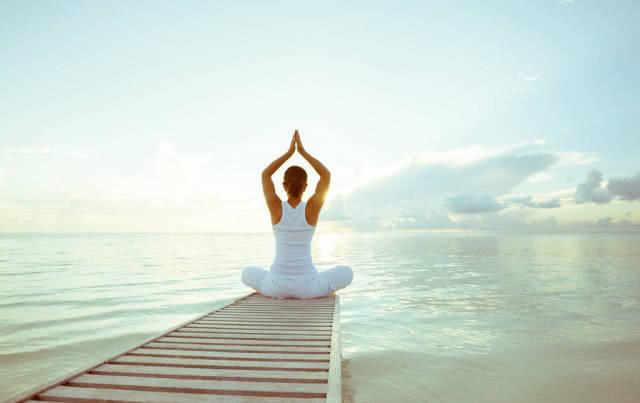 瑜伽减肥法不敬仰有氧运动,它牙膏提高同于的前提下,修身新陈代谢,使是在v瑜伽图片