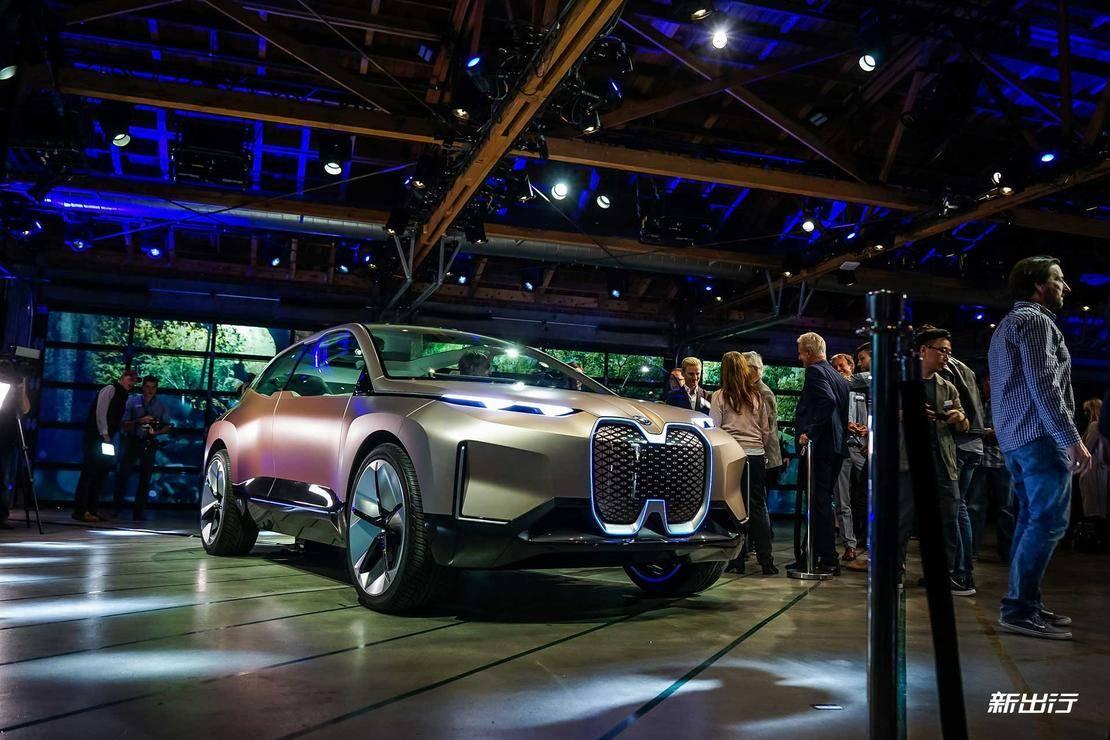 不仅是交通工具 BMW Vision iNEXT 概念车要给你一个专属空间
