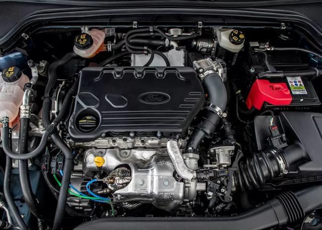 8年没有换代 三缸+8AT的全新福克斯能拯救长安福特吗?