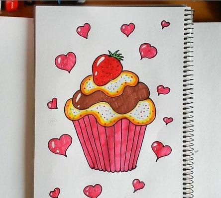 飞飞这期就教大家画一个可爱的爱心草莓蛋糕简笔画.