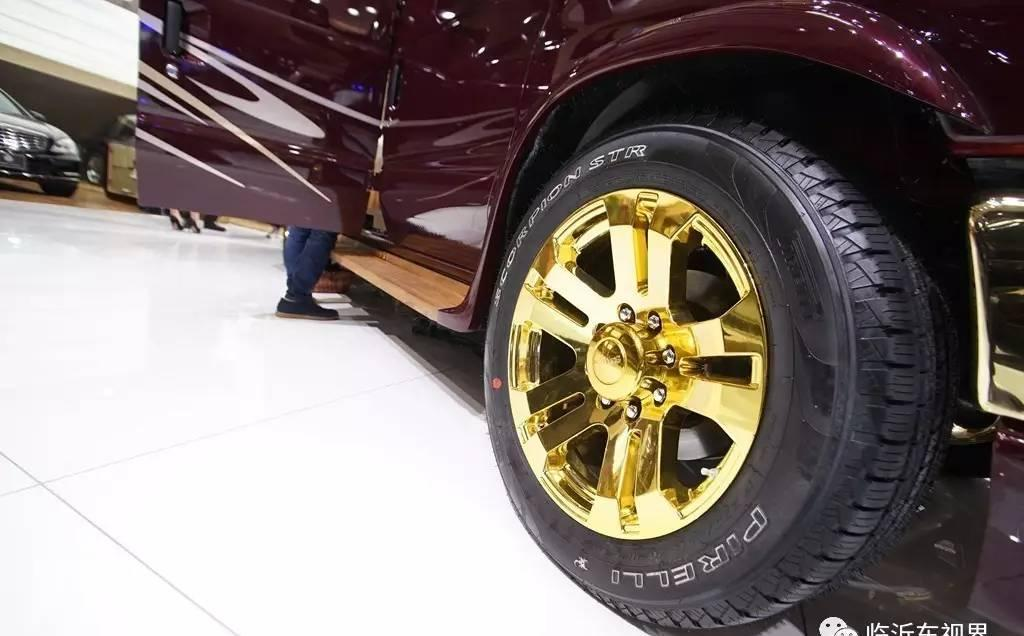 体验不一样的奢华, 全球限量的黄金版500万福特E350房车