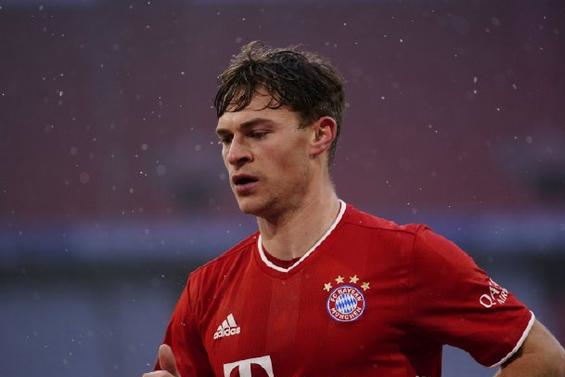 莱万破门打破德甲纪录,穆勒传射建功,拜仁2-1雪夜力克弗莱堡