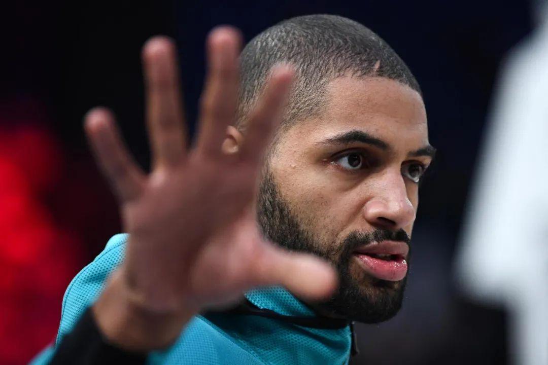 逆袭!差点被NBA淘汰!他从底薪打回来了!