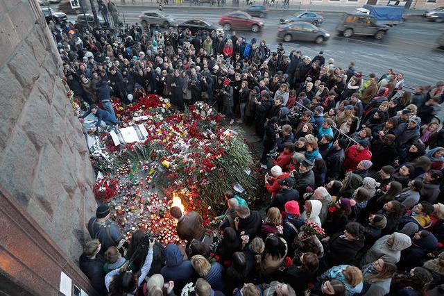 圣彼得堡地铁爆炸案告破,普京获悉后勃然大怒,让中情局血债血偿
