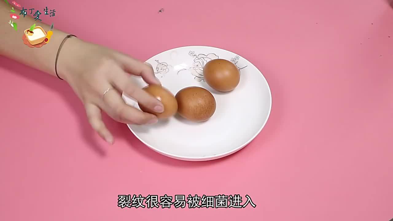 买鸡蛋时其中几种鸡蛋不要买,家中有的也要尽早扔掉,早知早受益