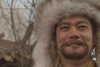宰相一件衣服穿了三十年,皇帝在上面烧了个洞,一年后:打开国库