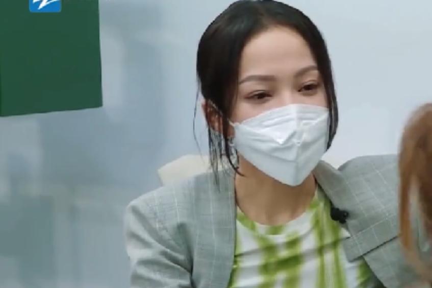 张韶涵又撕女明星!还内涵对方塑料姐妹情,但这次不是范玮琪