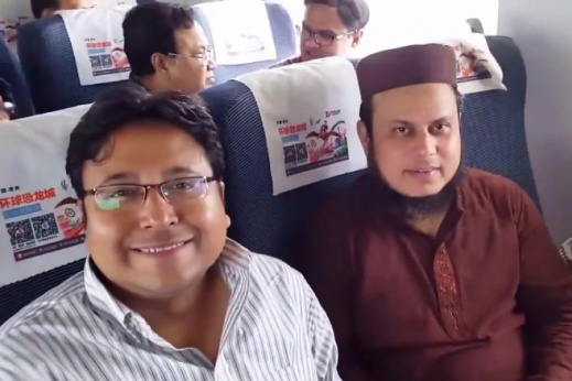 """印度游客不解:为何中国的高铁不在地上走,而是建造在""""空中""""?"""