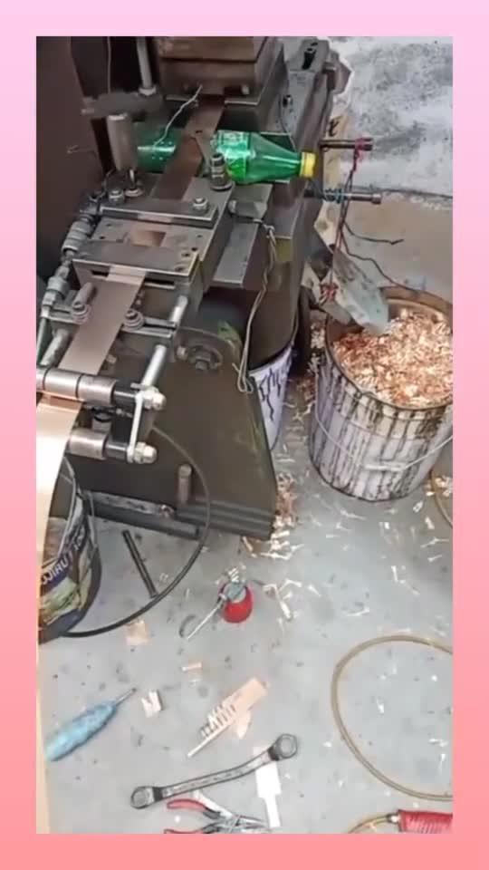 怪不得老板要引进这个机械,这样的速度,是人工的10倍不止!