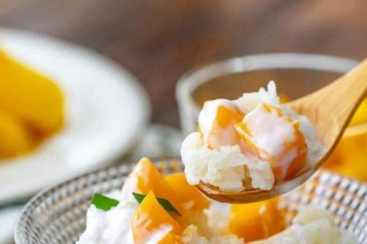 水果和米饭的完美结合,香甜软糯,这样的美食,让人无法拒绝