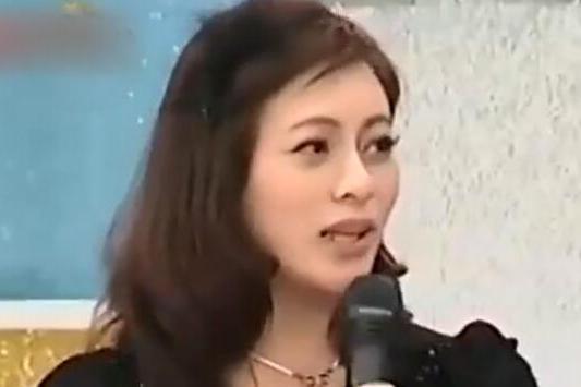 """""""小燕子""""角色被赵薇顶替所以搭上她男人?李婷宜:不是故意找的"""