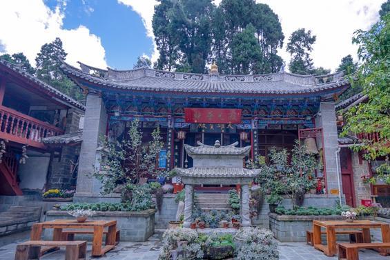 """中国最不""""像话""""的寺庙 里面没有一炷香 香客来了不知道怎么敬香"""