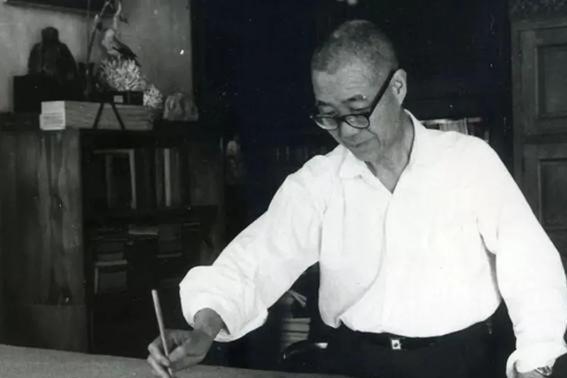 国画大师潘天寿,写意花鸟画的一代宗师,一幅老鹰图卖出2.7亿