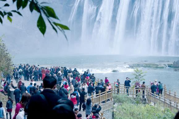 """我国瀑布最多省份,方圆百里有20个,被誉""""万瀑之乡"""""""