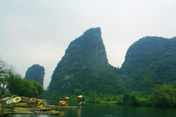 """桂林有一条河,人称""""小漓江"""",宛如""""世外桃源"""""""