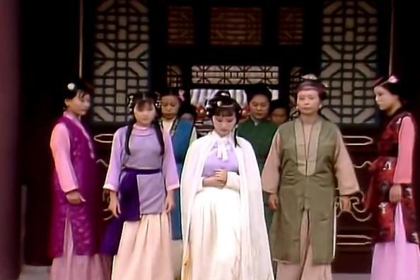 87版《红楼梦》林黛玉的44套服装,今天看仍叹为观止,致敬史延芹