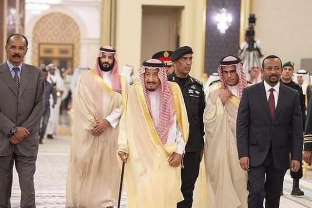 85后沙特王储登场!铁腕大清洗掌握实权,老国王有心无力被架空