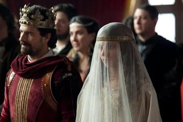 """""""白衣女王""""伊莎贝尔:铁腕一统西班牙,资助哥伦布发现新大陆"""