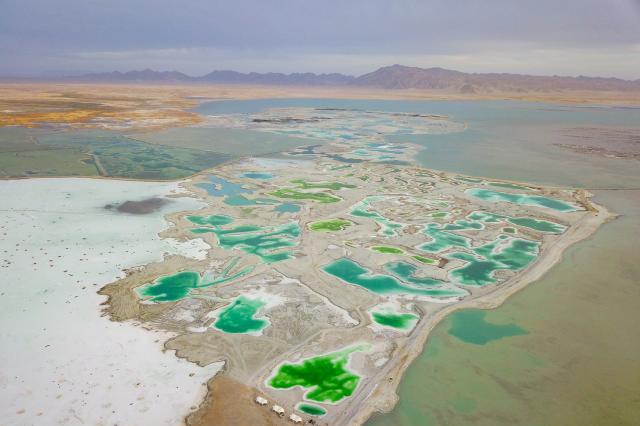 上帝洒下的颜料,在这里形成了最美的印象画,比茶卡盐湖还美