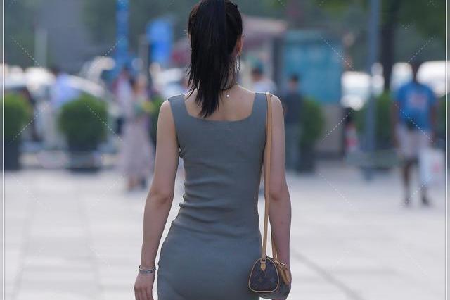 温柔优雅的时尚连衣裙,打造自在随性感,仙气十足