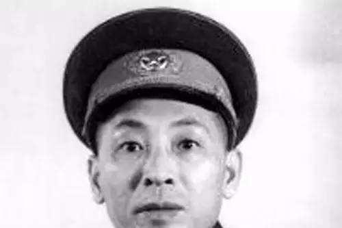 淮海战役中,歼灭陈章第63军的是哪支纵队?司令员是谁?