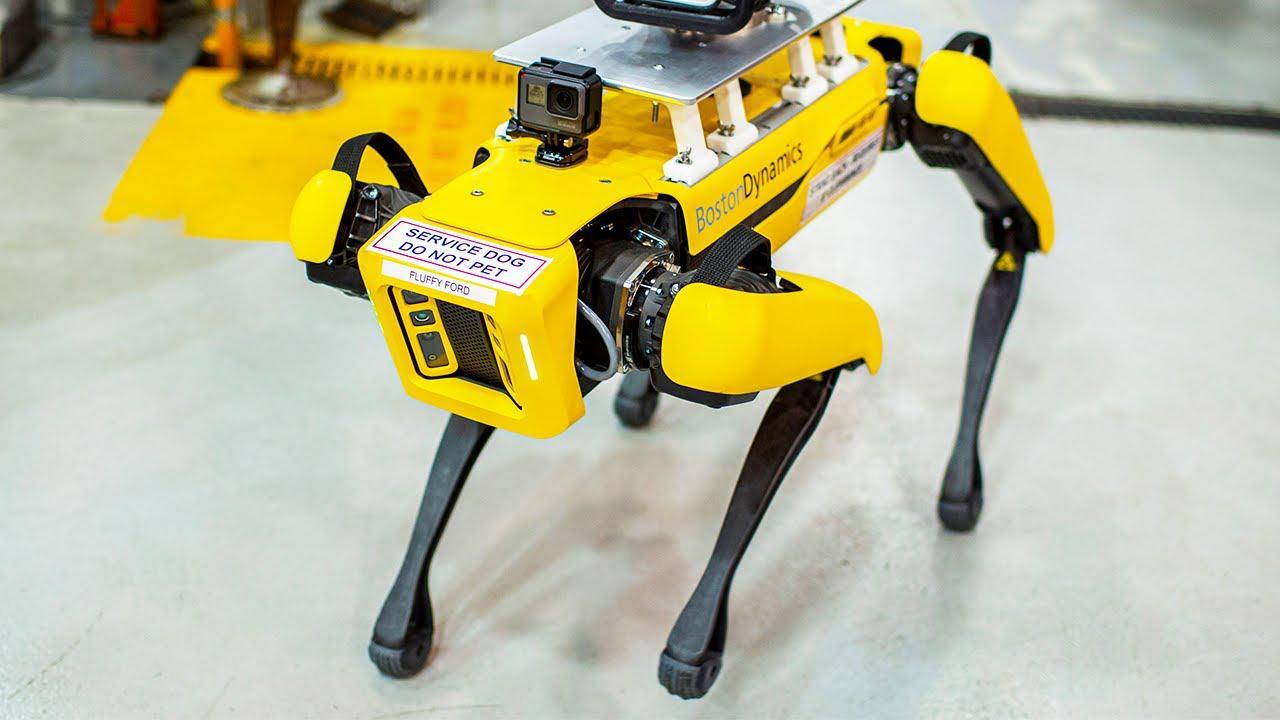 福特用波士顿动力机器狗对工厂进行360度无死角3D扫描