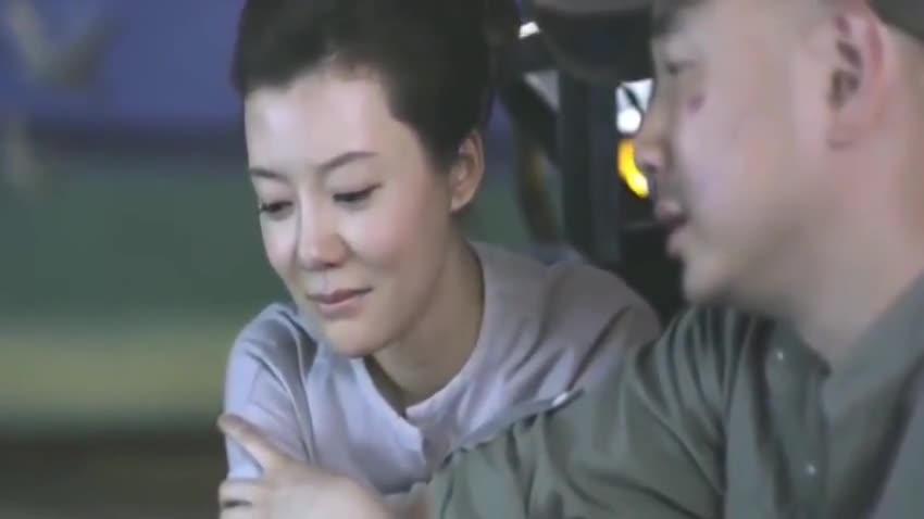 大男当婚:此时无声胜有声,催人泪下的画面,两人在哭泣中分手