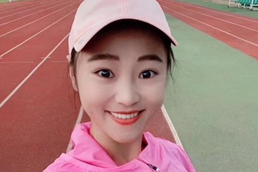 2021湖北·长江马拉松冠军殷晓雨:差点中途弃赛,坚持就是胜利