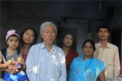 中国老兵,滞留印度54年,在印度结婚生子,回国后忘记筷子怎么用